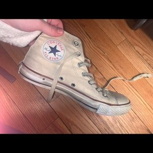 Used off-white/yellow high top converse